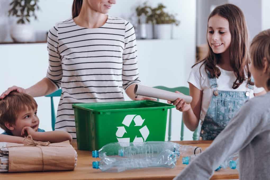 Como fazer reciclagem em família?